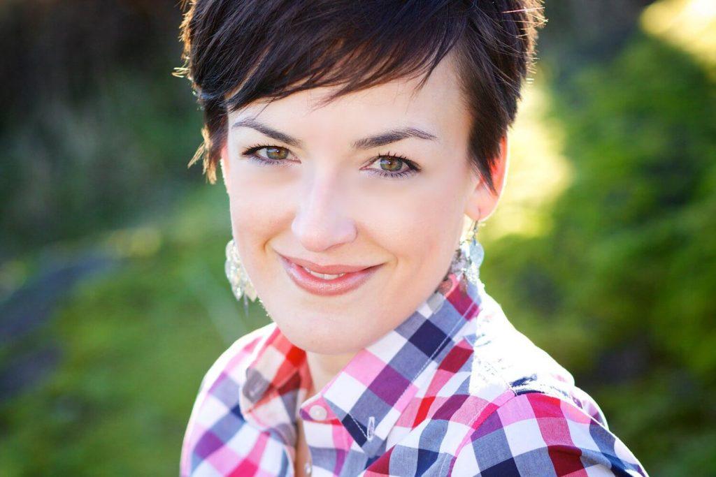 Joanna Weibe - B2B Writing Institute